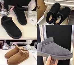 CHAUSSURES femmes plates bottes de neige bottes en fourrure Bottes en fourrure Witer chaussures de neige chaudes à bouts ronds Femme Flock Leather WomenUGGDes chaussures ? partir de fabricateur