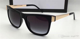 Óculos de design italiano on-line-New Men Design Sunglasses G3718 Quadrado Quadrado Retro Estilo Vintage UV400 Lente Pernas de Metal com Caso Italiano Design Top One