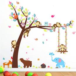 Karikatür 2 adet 104 * 116 cm orman hayvanları salıncak ağacı duvar sticker çocuk odası dekor için ayı baykuş maymun duvar çıkartmaları sanat diy pvc duvar nereden