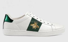 Neue Art und Weise der Männer Frauen Designer Schuhe aus echtem Leder weiß Tiger Bienen Schlange hochwertigen Tennis Perle ace sneaker Verkauf große