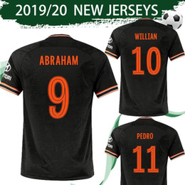impression de maillot de football Promotion Coupe police # 10 WILLIAN 3 Noir Soccer Jersey 2019/20 Troisième Noir # 19 # 22 MOUNT PULISIC # 11 PEDRO Coupe d'impression Uniformes Football