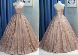 vestido de quinceañera barato Desconto Moda Rose Gold 2019 Prom Quinceanera Vestidos Baratos Querida Espartilho Fita Com Cristal Longo Barato Designer de Noite Formal Vestidos