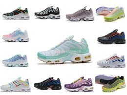 Zapatillas de malla de colores online-Zapatos 2019 de Air Plus Tn arco iris manera de las mujeres de malla transpirable Tn zapatos para correr Diseñador Tn Requin Chaussures coloridas muchacha de los deportes zapatillas de deporte