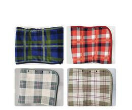 2020 cobertores de umidade Cobertores de Xaile Preguiçoso Trellis Mistura de Cor Absorção de Umidade Febre Simples Generosa Multi Função Adulto Cobertor Venda Quente 40 mg C1 cobertores de umidade barato