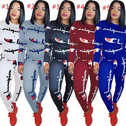 Casual algodão ternos para as mulheres on-line-Mulheres Campeões Carta Agasalho Treino Longo Da Camisa de T Top + Calças Leggings 2 PCS Conjunto de Roupas de Algodão Com Capuz Roupas Sportswear Terno