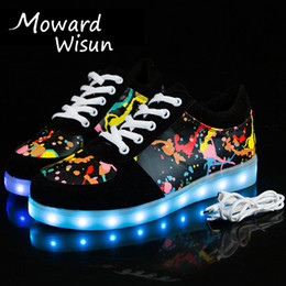 2018 New Graffiti Glühende leuchtende Turnschuhe mit hellen Sohlen Kinder Jungs Tenis Feminino Basket leuchten Schuh Mädchen LED Slipper 30