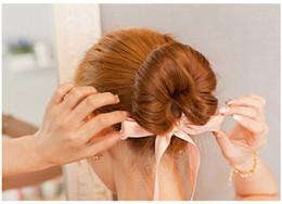 Moda para mujer Accesorios para el cabello Nueva rizos Banda para la cabeza del moño Máquina para hacer cabello mágico Ribbon Bowknot Fabricante de bollo Nueva desde fabricantes