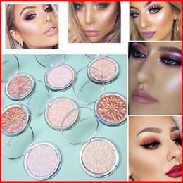 Maquillaje de piel oscura online-CmaaDu 8 Colores Brillos Brillos Resaltador Contorno Cosméticos Faciales Polvo Prensado Polvo Resaltado Aclarar Piel Belleza Maquillaje Herramientas