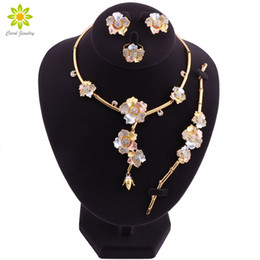 Perline turche per gioielli online-Nigerian Beads Necklace Earrings Jewelry Set Set di gioielli da sposa per spose Indian Dubai Turkish Flower