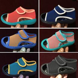 2019 meninas sandálias gladiador alto nike Sandálias das meninas do bebê verão criança crianças sandálias flat meninas roma sandálias bebê alta gladiador sandália criança PU sapatos de couro desconto meninas sandálias gladiador alto