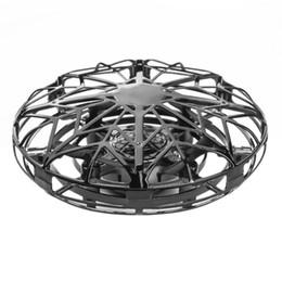 Bola de inducción online-Anti-colisión mano UFO Ball Flying Aircraft RC Toys Led regalo suspensión Mini Drone de inducción para niños niños