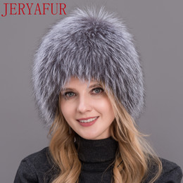 2019 chapéu feminino russo Senhora de inverno cap pele de raposa real chapéu de pele de raposa de tricô de prata raposa cap feminino mulher russa bomer chapéu desconto chapéu feminino russo