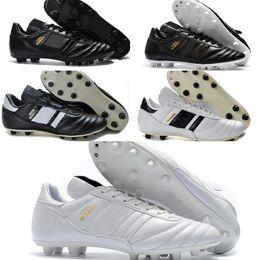 cheap for discount 6774e c7c64 Scarpe da calcio FG in pelle da uomo Copa Mundial Scarpe da calcio  antiscivolo in pelle di alta qualità 2015 Scarpe da calcio della Coppa del  mondo di ...