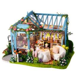 Fai da te 3D Casa delle bambole in legno Casa delle bambole fatta a mano con miniature Mobili Luci a led e scatola musicale Regalo educativo artigianale ROSA GIARDINO TEA HOUSE da