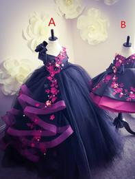 Pequeños vestidos de novia sexy online-Cristales sin espalda de encaje sexy Vestidos Floristas de tul vestido de bola de la niña vestidos de boda vestidos del desfile de la vendimia Vestidos