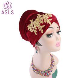 fascia di turbante hijab Sconti New Luxury Musulmano ricamo fiore Velvet Soft Turban Cap femminile Hijab Chemo Hat Beanie Stretch turbante fascia