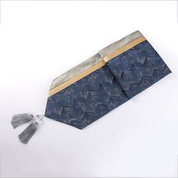 32x210cm lumière luxe jacquard bleu profond doré table de chemin de table couverture serviette salon café mat lit coureur gland ? partir de fabricateur