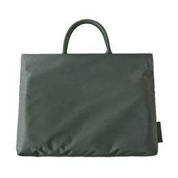 нейлоновая кожаный портфель Скидка Мужчины Женщины Портфели женские сумки Корейский простой моды Портфель мужской 14-дюймовый ноутбук сумка ткань Оксфорд сумка Soild Schoolbag