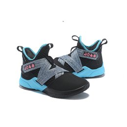original basketball shoes for sale Promo Codes - New Cheap Lebron Soldier 12 Xii Shoes Mens Basketball For Sale Mvp Christmas Bhm Oreo Youth Kids Generation Sneakers Boots With Original Box