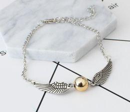 28d48162c58e Moda Harry Pulseras Alas de ángulo Pulseras con dijes para hombres y  mujeres lindas alas de bola de Potter pulseras de cadena Precio barato