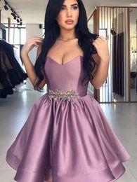vestidos de vestidos reais roxos Desconto Roxo Querida Vestidos Homecoming Com Contas de Cetim Júnior Plus Size Curto Árabe Vestido de Baile Vestidos de Festa de Formatura Clube de Desgaste Barato