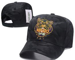 cappelli di stile militare per gli uomini Sconti Berretti da baseball da uomo Designers Nuovo design a marchio Cappelli Oro Testa di tigre Osso ricamato Uomo Donna casquette Cappello da sole papà gorra Sport snapback Cap