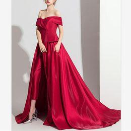 2019 Elegante Escuro Vermelho Saia Jumpsuit Vestidos de Noite Personalizado de Um Ombro Lado Dividir Vestidos de Baile de Varredura V Pescoço Mulheres Evento Formal Vestidos de Fornecedores de sexy recepção vestidos de azul curto