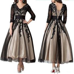 2019 bräutigam zurück lange anzüge 3/4 Langarm Schwarz Spitze Kleid für die Brautmutter Knöchellang V-Ausschnitt Champagnerfutter Hochzeitsgast Kleid Besondere Anlässe