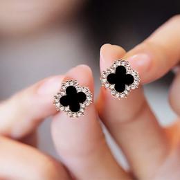 Mischten Art Designer-Ohrringe Sterlingsilber 925 überzog Ohrstecker kleine vierblättriges Kleeblatt-Charme-Ohrringe für Frauen-Schmucksachen von Fabrikanten