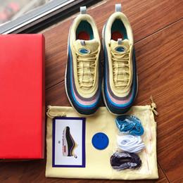 stivali da donna designer Sconti Il migliore SW 97 Sean Wotherspoon Designer Shoes 97s Vivid Sulphur Multi Yellow Blue Hybrid Scarpe da corsa 2019 New Mens Womens Boots Size 36-45