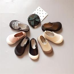 2019 sapatos de bebê sola 2019 Genuíno Couro Attipas Bebê Crianças Meias Criança Esporte Macio Crianças Outsole Menina Sapatos Bebe Y190529 desconto sapatos de bebê sola