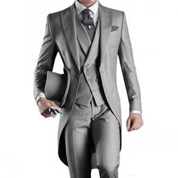 terno azul-claro das riscas Desconto Custom Made Noivo Smoking Groomsmen Manhã Estilo 14 Estilo Melhor homem Ternos do casamento dos homens Groomsman lapela de pico (jaqueta + calça + gravata + Vest)