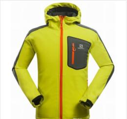 8 FARBE Wasserdicht Atmungsaktiv Softshell Jacke Männer Im Freien Sport Mäntel Frauen Ski Wandern Winddicht Winter Outwear Softshell Jack