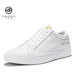 497a88524 2019 nova versão coreana selvagem da primeira camada de couro respirável  sapatos casuais de couro sapatos brancos pequenos sapatos femininos Tko  ikiru 36-45