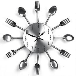 2019 tênis de mesa vintage Início Detalhes Stainless Steel Noiseless Faqueiro Clocks mecanismo de design Sala Decor Kitchen Restaurant Relógio de parede Y200109