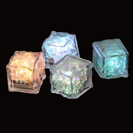 cubo led diy Desconto DIY LED Flash cubos de gelo da bebida do partido casamento Cup Sensor colorido Praça Glowing Light Bar Club Holiday Luz Decor