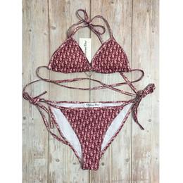 Yaz Bikini Set Moda Tam Mektup Baskılı Mayo Seksi Bandaj Backless Mayo V Boyun Iki Parçalı Mayo nereden