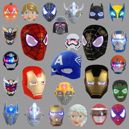 maschera completa di spiderman Sconti Maschere LED capretto dei bambini del fumetto Comic Spiderman Iron Man dell'eroe di meraviglia Maschera Costumi Luce Full Face Up di Halloween Festa Cosplay regalo del partito