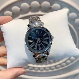 женские часы дизайн браслет стиль Скидка Перепродавать модели топ мода серебро женщины смотреть специальный дизайн Леди сексуальный стиль наручные часы Limited Edition золотой браслет часы dropshipping