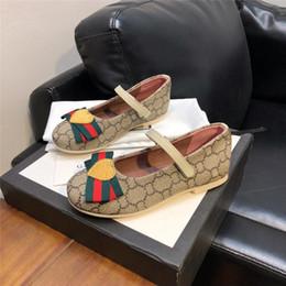 Tasarımcı Çocuklar Ayakkabı Trendy Küçük Kız Prenses Ayakkabı Altın GG Sneakers Hakiki Deri Logosu Orijinal Kutusu ile Baskılı Yüksek kalite Ayakkabı cheap little girl princesses shoes nereden küçük kız prensesleri ayakkabıları tedarikçiler