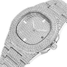 Oval relógios homens on-line-Novo Diamante de Luxo Mulheres Senhora Relógios Moda Calendário Mens Relógios de Quartzo Relógios De Pulso De Aço Inoxidável Homens Assista Atacado