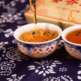 2019 chá doce chinês 250g Chinês Orgânica chá preto tijolo Yunnan mel Doce-cheirando chá vermelho Cuidados de Saúde novo chá Cozido Saudável Verde Food Factory Vendas Diretas desconto chá doce chinês
