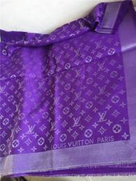 lenços triângulo reluzente prata veludo lenços senhoras marca 140 * 140 centímetros quentes no inverno lenços de cashmere de