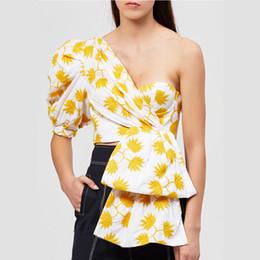 Demi-chemises sexy pour femmes en Ligne-Designer Femmes Imprimer Puff Demi-Chemises À Manches 2019 Été Sexy Femme Hors Épaule Irrégulier Party Cocktail Night Out Blouse Crop Top