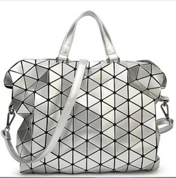 51bfa42ca9f1 Women Laser BAOBAO Bag Geometry Package Sequins Saser Plain Folding Handbags  Briefcase Shoulder Bag Women Tote bag baobao discount baobao bags
