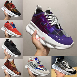 Scarpe in maglia leggera online-Nuovo arrivo Luxury Versace Chain Reaction Mens / Womens Designer scarpe da ginnastica Casual Ace Shoes Lightweight Designer sneakers in gomma Taglia 36-45