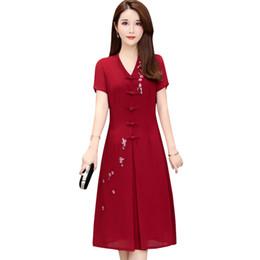 mittelalter frau kleider Rabatt Sommer Chiffon Kleider 2019 Neue Frauen Mittleren Alters Blumenstickerei Vintage Party Kleid Mode Lässig Elegante Mutter Kleidung A604