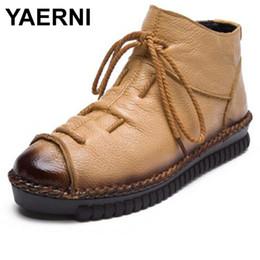 6c0c8e9f6 YAERNI новый ручной работы кожаные сапоги ретро женская обувь кружева женские  зимние сапоги мягкие удобные платформы лодыжки E390