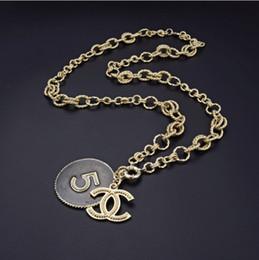Deutschland Frauen Halskette neue High-End-Halskette Exquisite Box WSJ012 Kette Kette Adjustable-Anhänger-Halskette wzk524 Versorgung