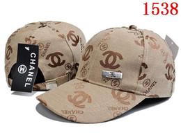 chapéus de qualidade senhoras Desconto 2019 Moda chapéus Atacado-Frete Grátis Hot feminino bonito chapéu de inverno chapéu de malha contas de bola mão gancho quente acrílico senhoras chapéu de alta qualidade